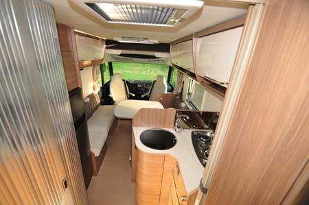 Itineo SB700 motorhome interior