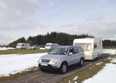winter towing in the snow