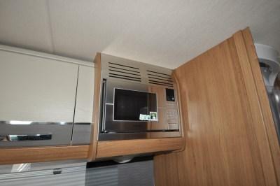 AutoTrail Serrano Microwave