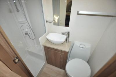 Lunar Venus 590-6 Shower room