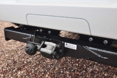 Motorhome tow bar