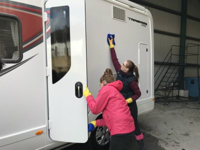 motorhome cleaning - wipe down inside doors