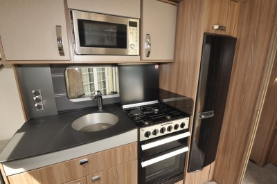 Swift Conqueror 480 caravan kitchen