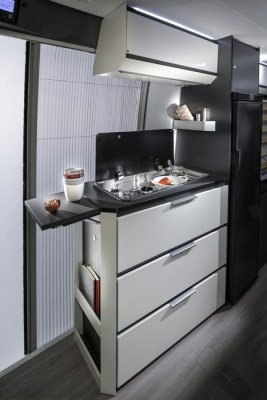 Adria Twin 640 Supreme Kitchen