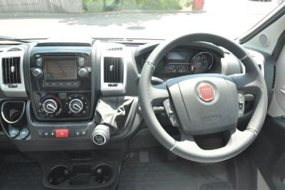 Adria Twin 640 cab
