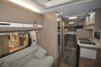 Compass Avantgarde 194 interior