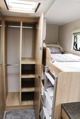 Elddis Avante 586 wardrobe