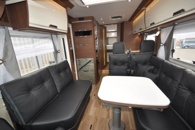 2019 Niesmann+Bischoff Arto 88 motorhome seating