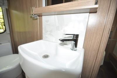2019 Coachman Laser 650 caravan wash basin