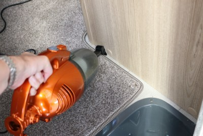 VonHaus 2-in-1 stick vacuum cleaner