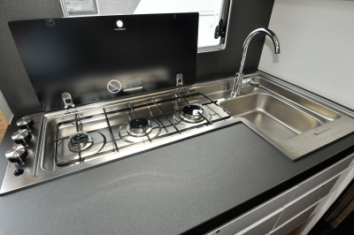 2020 Adria Sonic Axess 600 SL motorhome kitchen