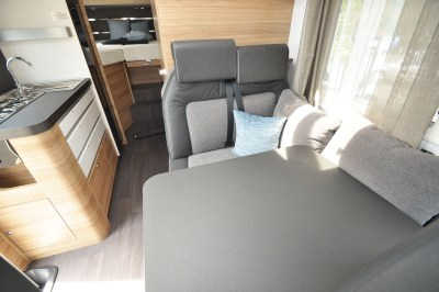 2020 Adria Sonic Axess 600 SL motorhome travel seats