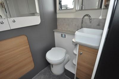 2021 Bailey Adamo 69-4 washroom