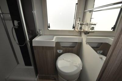 2021 Benimar Tessoro 482 washroom