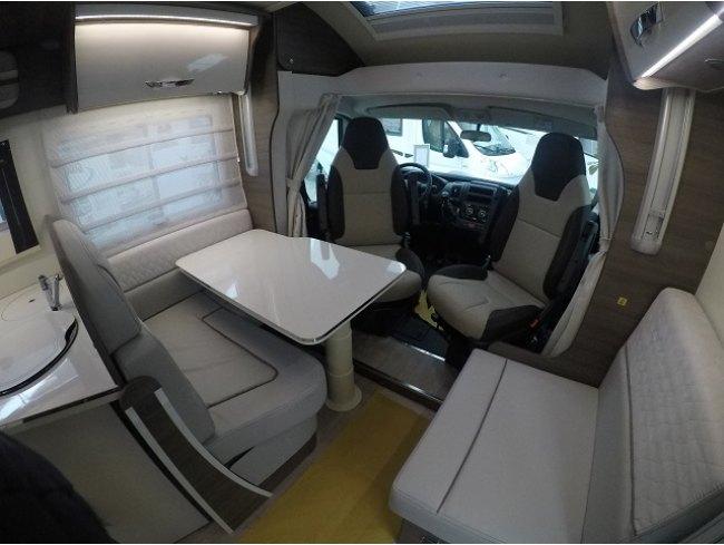 McLouis MC 4  879 G  Modello 2019
