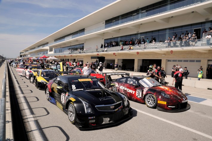 Pirelli World Challenge Lead