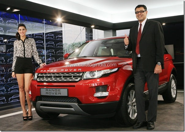 Range Rover Evoque unveiled by Nargis Fakhri (Rockstar fame) and Mr Rohit Suri (Head of the Premier Car Division, Jaguar Land Rover)