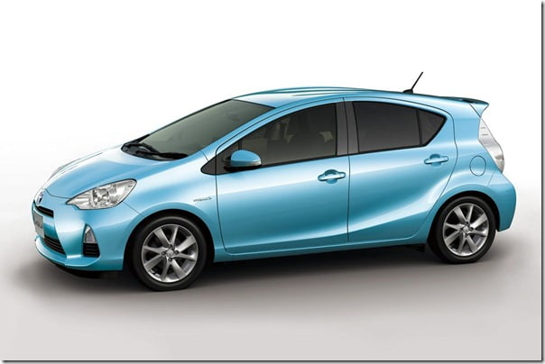 Toyota-Prius_C Compact Hybrid colour 2 side