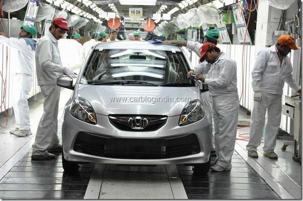 Honda Brio rolling out of the assembly line at HSCI' Greater Noida Plant-1