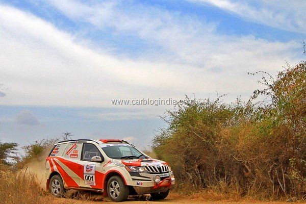Mahindra Adventure team XUV500 At Dakshin Dare Rally 2012
