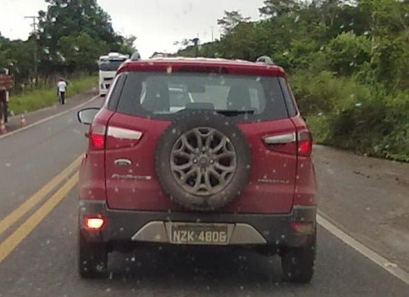 Ford EcoSport Production Car Spy Pictures (4)