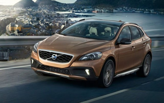 2012 Volvo V40 Cross Country hatchback front open