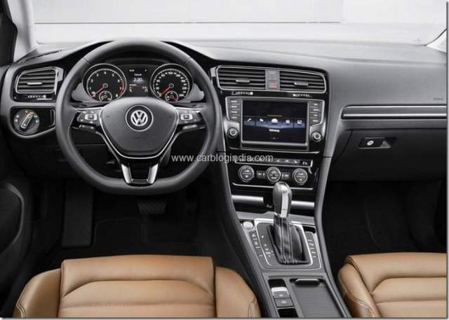 2013 Volkswagen Golf (10)