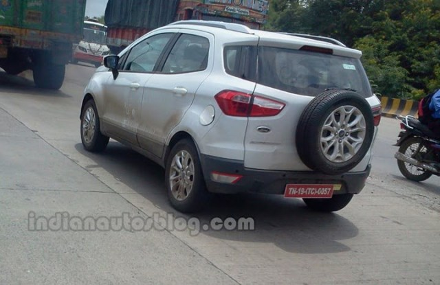Ford Ecosport Caught Testing In Pune 1