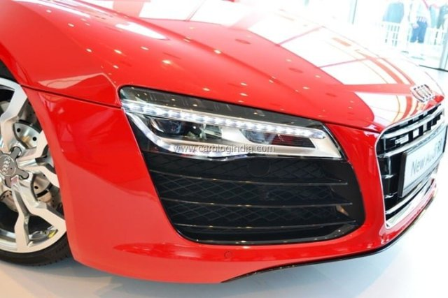 2013 Audi R8 Launch In India By Race 2 Star Cast (11)