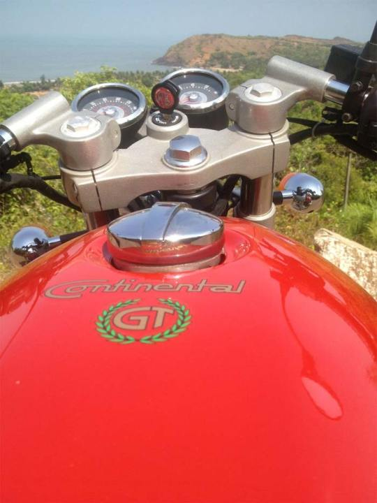 Royal-Enfield-Continental-GT-535-1
