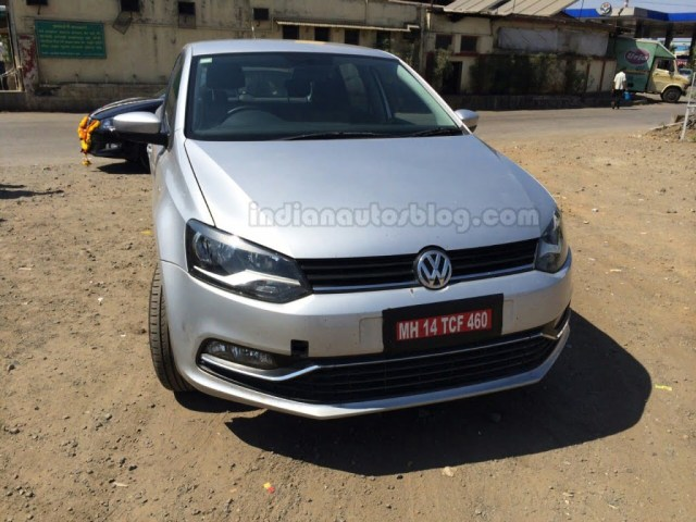 2014 VW Polo facelift Spy Shot Front