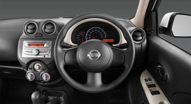 Nissan Micra Active Interior Steering Wheel