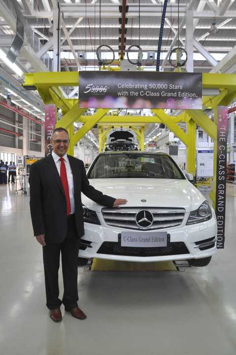 Mr. Eberhard Kern at the 50,000th car roll-out at the MBIL plant in Chakan