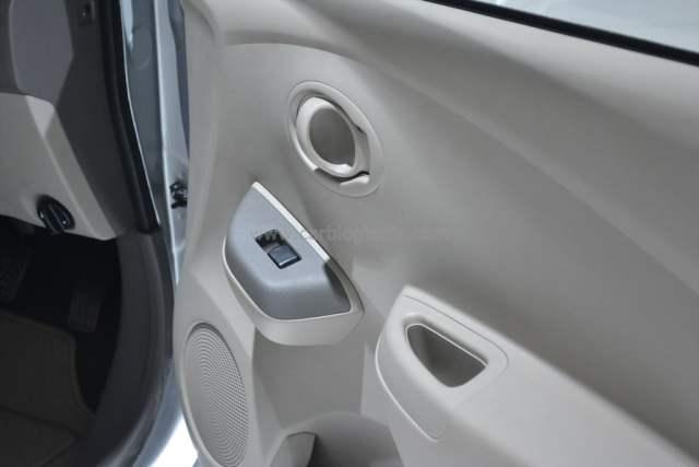 2014 Datsun Go Front Driver Door Pad