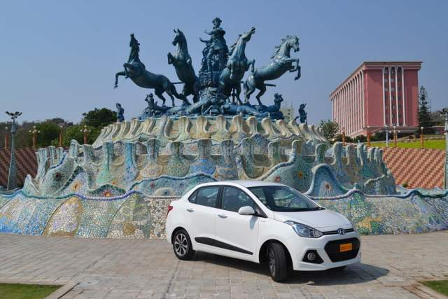 Hyundai Xcent Review By Car Blog India Car Experts (8)