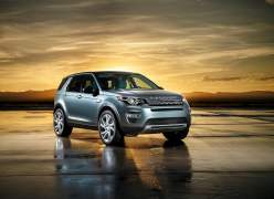 2015 Land Rover Discovery Sport Front Right Quarter1