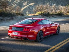 ford-mustang-ecoboost-pics-rear-angle-red