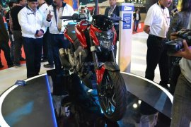 Bajaj-Pulsar-CS400-launch-Images- (2)
