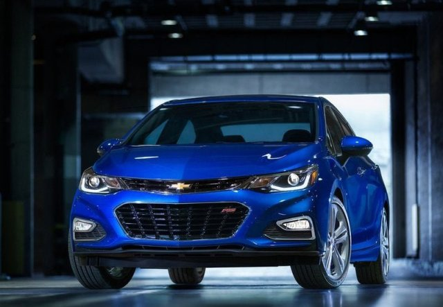 Upcoming Sedan Cars in India 2016 -17 Price, Pics, Launch Chevrolet-Cruze-2016-pic