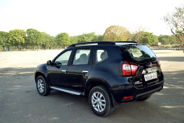 Nissan-Terrano-Petrol-Review-Images-Black-Rear-Angle-Action