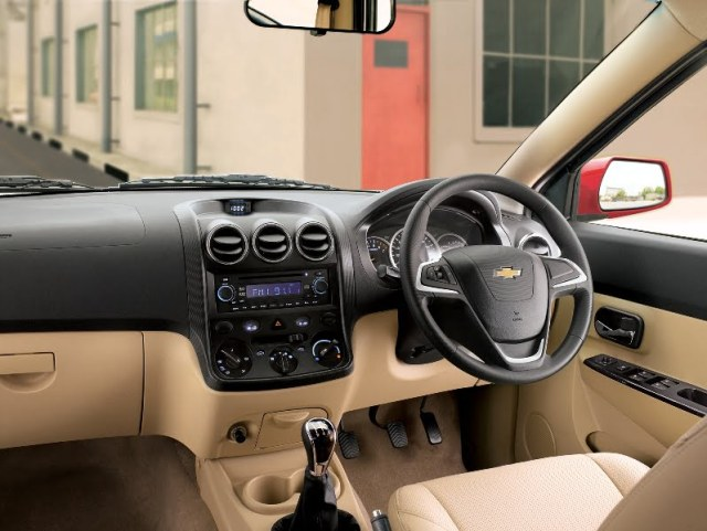 New Chevrolet Enjoy Launched - Interior