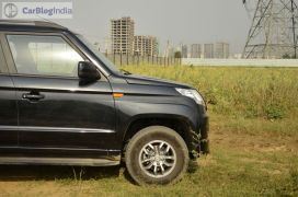 mahindra-tuv300-test-drive-review-black-side-wheel-1
