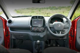 renault-kwid-test-drive-review-red-rxt-model-dashboard