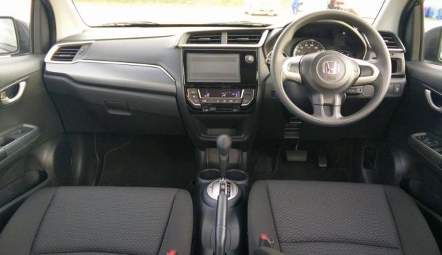 Honda BRV India Launch -interiors-dashboard-720x540