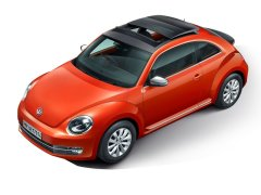 new-volkswagen-beetle-india-official-images-front-angle-top