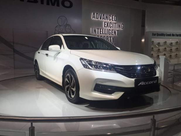 upcoming new car launches india 2016 honda-accord-new-model-photos-front-angle