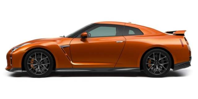 Nissan GT-R India Launch, Price, Specifications, Images 2017-nissan-gt-r-india-official-images-side