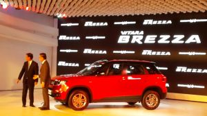 vitara-brezza-photo-side-profile-2vitara-brezza-photo-side-profile-2