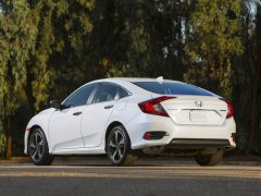 New Honda Civic Diesel India launch in April, 2017. 2016 Civic White Rear Angle Image