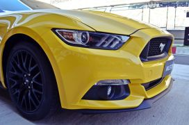 ford-mustang-india-test-drive-review-images (14)